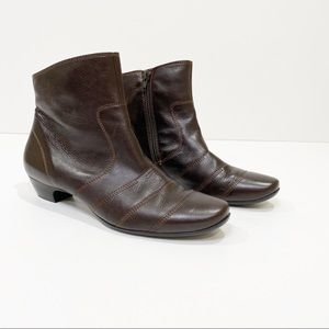 Paul Green Brown Leather Booties Size 5.5